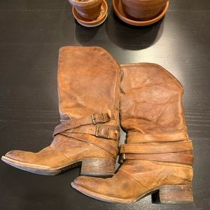 Freebird boots // size 9